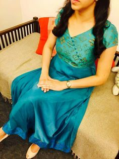 Anu Mahi's media statistics and analytics Salwar Neck Designs, Kurta Neck Design, Dress Neck Designs, Kurta Designs Women, Blouse Designs, Sleeve Designs, Kurta Patterns, Dress Patterns, Churidhar Designs
