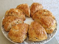 Muy Locos Por La Cocina: Scones de Tomates Secados al Sol y Queso de Cabra Scones, Canapes, Muffin, Breakfast, Food, Buns, Butter, Cooking, Goat Cheese
