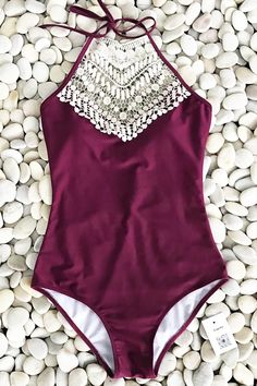 We're so in love with our adorable Cupshe Broken Wine Halter One-piece Swimsuit. Product Code: CYY895 Details: Halter design With padding bra Tie at back Croche
