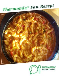 leichte Paprikanudeln (All in One) by wiedenco on www. Veggie Recipes, Pasta Recipes, Crockpot Recipes, One Pot Pasta, Macaroni And Cheese, Clean Eating, Food And Drink, Veggies, Lunch