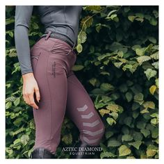Pinterest -> The Riders Reins Equestrian Outfits, Equestrian Style, Equestrian Fashion, Clothes Horse, Riding Clothes, Riding Habit, Horse Fashion, Riding Pants, English Riding