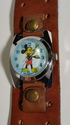 MICKEY MOUSE Walt Disney Productions WATCH SWISS MADE BRADLEY RARE NEEDS REPAIR • PicClick