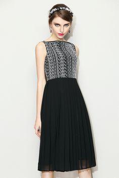 Like in Paris Geometric Embroidered Black and White Dress #Daytime #DateNight #GeometricPattern #BlackDress http://www.macaronfashion.com/dresses/view-all/like-in-paris-geometric-embroidered-black-and-white-dress.html