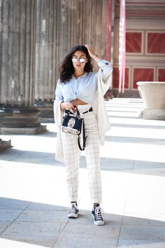 033f735bba Converse and White Paperback Pants - chucks styling preppy spring look  casual berlin blogger outfit zigarettenhose