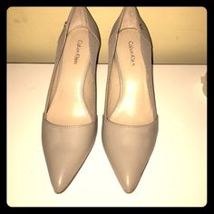 Taupe Calvin Klein heels Pretty never been worn Calvin Klein Shoes Heels