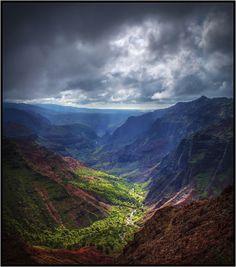 Coast to Coast Dream Hikes. Waimea Canyon Loop (Canyon, Kumuwela, and Halemanu Trails). Koke'e State Park, Kauai, Hawaii.