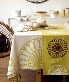 16 Best How To Dress A Table Table Cloth Ideas Images In 2014