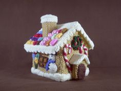 Free pattern: Gingerbread House pattern by Frankie Brown