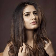 Fatima Sana Shaikh Biography, Wiki, Age, Husband, Marriage Photos