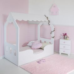 New Products Circu Magical Furniture - Luxury brand for children Kids Bedroom Designs, Bunk Bed Designs, Kids Room Design, Baby Bedroom, Girls Bedroom, Little Girl Beds, Toddler Rooms, Toddler Bed, Baby Decor