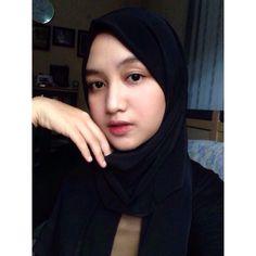 Image may contain: 2 people Nice Girl, Muslim Women, Asd, Hijab Fashion, Eyes, People, Image, Beautiful, Instagram
