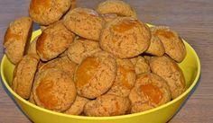 Biscoitos de Azeite da avó Deolinda - Sobremesas de Portugal Snack Recipes, Snacks, Sweet Potato, Chips, Potatoes, Food And Drink, Cookies, Vegetables, Breakfast