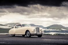 Motor'n | BENTLEY CONTINENTAL: EVOLUTION OF AN ICON