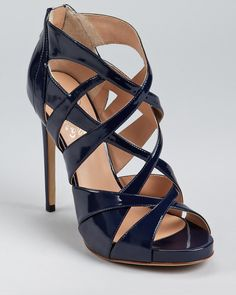 Why are navy shoes so hard to find in real life?