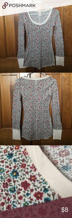 Mossimo waffle shirt Never worn! In great condition, no flaws to note. Mossimo Supply Co Tops Tees - Long Sleeve