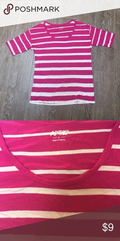 Apt 9 Striped T-Shirt This T-shirt is soft and stretchy. You can barely tell its on its so comfortable. Love it but trying to downsize and I don't wear it enough. Apt. 9 Tops Tees - Short Sleeve