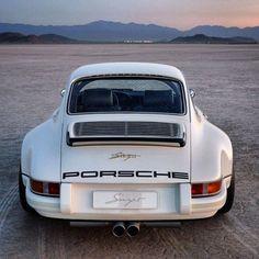 Love the Singer Porsche!!