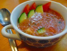 Gazpacho leves - MINDENMENTES Gazpacho, Hungarian Recipes, Hungarian Food, Cheeseburger Chowder, Chili, Oatmeal, Soup, Pudding, Vegan