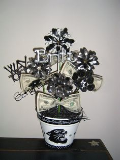 GRADUATION $$ FLOWER POT GIFT