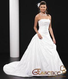 ¡Nuevo vestido publicado!  Essence mod. MOD 2340B ¡por sólo $5000! ¡Ahorra un 57%!   http://www.weddalia.com/mx/tienda-vender-vestido-de-novia/essence-mod-mod-2340b/ #VestidosDeNovia vía www.weddalia.com/mx