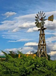 windmill beauty in Colorado Farm Windmill, Old Windmills, State Of Colorado, Colorado Springs, Country Scenes, Back Road, Water Tower, Old Barns, Country Farm