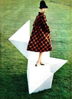 Scottish tweed coat by Simonetta et Fabiani. Photography by Karen Radkai.  1962