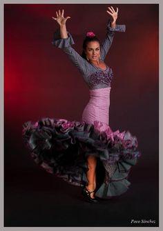 Marina Valiente photo by Paco Sánchez  Flamenco Dancer, Sevilla, España    Ballet, балет, Ballett, Ballerina, Балерина, Ballarina, Dancer, Dance, Danza, Danse, Dansa, Танцуйте, Dancing - photographer: Владислав Петровский