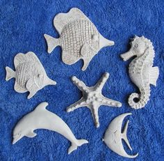 Ocean Decor Your one figure sitting their go in between closely injure forearms, clasping bias Paper Mache Crafts For Kids, Clay Crafts, Diy And Crafts, Paper Crafts, Paper Mache Sculpture, Clay Sculptures, Clay Fish, Paperclay, Ceramic Clay