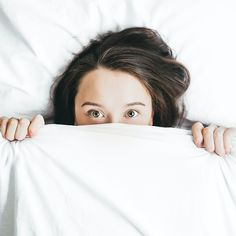 Having trouble sleeping? Do you suffer from low quality sleep and insomnia? I've got good news for you, there are several ways to treat sleeping disorders Young Living, Trouble Sleeping, Michael Phelps, Anxiety Disorder, Personality Disorder, Snoring, How To Fall Asleep, Disorders, No Worries