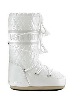 Technica moon boots, £95 - Stylish Ski Wear