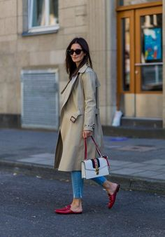 Timeless neutral pieces that are paired with red are accessories are instantly more stylish   For more style inspiration visit 40plusstyle.com