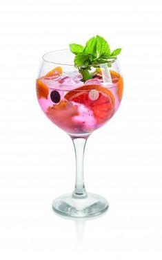 Osvěžte se originálními letními nealko drinky - iDNES.cz Cordial, Hurricane Glass, Grapefruit, Tableware, Dinnerware, Tablewares, Dishes, Place Settings