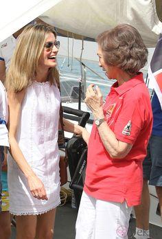 Doña Letizia y la Reina Doña Sofía en Mallorca.