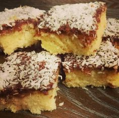 Farmors goda Kärleksmums Bagan, Grandma Cookies, Danish Food, Pan Dulce, Swedish Recipes, Dessert Drinks, No Bake Desserts, No Bake Cake, Biscotti