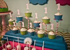Great way to present cupcakes