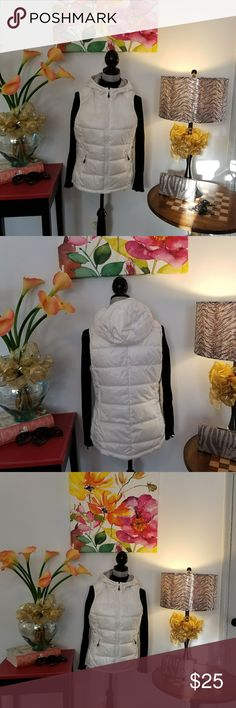 Puffy Vest White hooded vest; Zippered pockets; New without tags Tangerine Jackets & Coats Vests