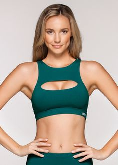 Lorna Jane Sports Bras are made from shrink and fade resistant fabrics, wick away moisture and are quick drying and breathable sportsbra. Shop Sport Bra Online or In Store. Green Sports Bras, Women's Sports Bras, Sports Bra Sizing, Sport Bras, Love Fitness, Woman Fitness, Sensual, Dance Wear, Beautiful Outfits
