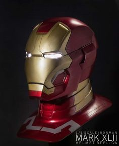 Ironman Mark 42 helmet replica Iron Man Helmet, Iron Man Suit, Iron Man Armor, Iron Man Birthday, Hero Movie, Batman Universe, Men Design, Interstellar, Concept Cars