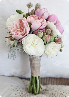 The hitched guide to flowers - Peony
