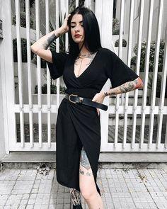 80s Girl Fashion, Dark Fashion, Womens Fashion, Classy Fashion, Style Fashion, Color Fashion, French Fashion, Edgy Outfits, Classy Outfits