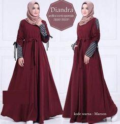 Gamis Lebar Diandra Dress Brokat Muslim, Muslim Dress, Hijab Style Dress, Chic Dress, Abaya Fashion, Fashion Dresses, Dress Batik Kombinasi, Gown Party Wear, Muslim Women Fashion