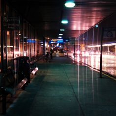 """Twitter / """"adamsconsulting: This is the Atlanta airport on a rainy Saturday morning before sunrise. :) ..."""" - 6:53 AM - 2 Aug 2014"""