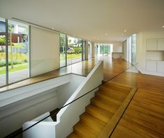 Unusual Zigzag House Geometry: Lien Residence by Ministry Of Design – Colin Seah