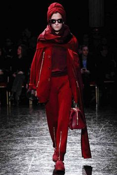 Ok I'm thinking that possessed look I mentioned was a result of low resolution, a dead tired model and the dreaded photo red eye so I take that back lol. It's still very pretty. #Undercover #Fall2014 #FashionWeek