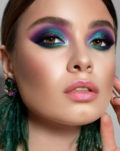 All your favourite beauty destinations. Trendi combines every retailer so that you can buy beauty as effortlessly as you wear it Glam Makeup, Fancy Makeup, Colorful Eye Makeup, Eyeshadow Makeup, Hair Makeup, 1980s Makeup, Younique Eyeshadow, Gothic Makeup, Crazy Makeup