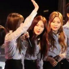Sinb G-FRIEND at Gyeongbuk Sports Festival  #sinb #somi #ioi #gfriend #korea #kpop #girlgroup #yooa #snsd #taeyeon #twice #nayeon #blackpink #lisa #gugudan #sejeong #redvelvet #sinkook #sowon #yerin #eunha #yuju #umji #yeojachingu #hwangeunbi #hwang #festival #exo #bigbang #bts #sinkook