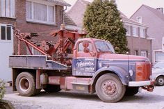 Heavy Duty Trucks, Volvo Trucks, Tow Truck, Antique Cars, Transportation, Vehicles, Recovery, Vintage, Nice