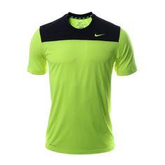 Con la camiseta Hyperspeed de #Nike para hombre disfruta de la súper velocidad que te proveerá su diseño ligero y ultra transpirable.