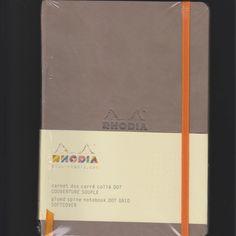 er zijn vele kleuren Rhodiorama. http://www.papier-royaal.nl/t/1/p/categorie/i/190/rhodia.html