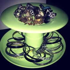 display piece for jewelry! I used old plates and a cup and spray painted them with a matte lime green. Kitchen Aid Mixer, Kitchen Appliances, Old Plates, Organize, Projects To Try, Lime, Craft Ideas, Display, Crafty